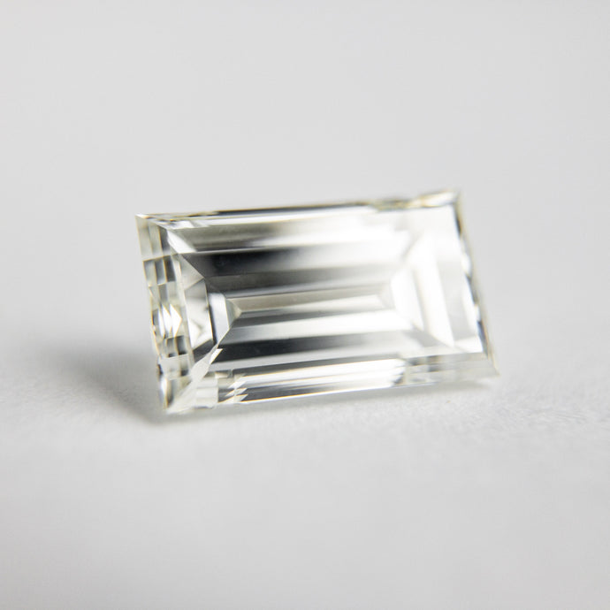 1.52ct 8.79x5.04x3.48mm VS K-L Antique Baguette Step Cut 18299-01