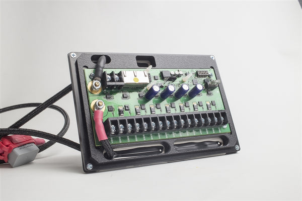 Universal 8-Circuit Source SE w/ HD Panel