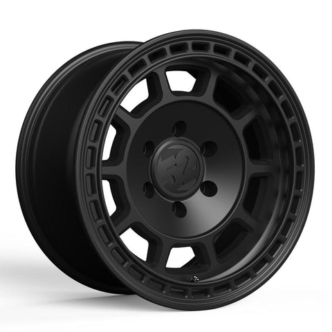 Fifteen52 Traverse HD, 17x8.5, 6x120