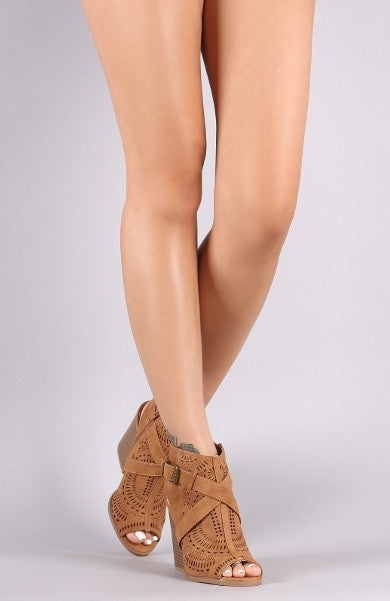 Chelsea Eyelet Strappy Booties - Camel