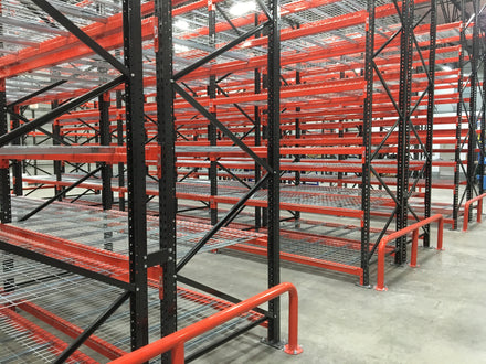 Top 9 attributes of an effective warehouse manager