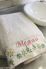 Load image into Gallery viewer, bath towel set personalized and embroidered with jasmine flowels
