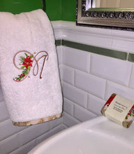 Load image into Gallery viewer, monogrammed towel set