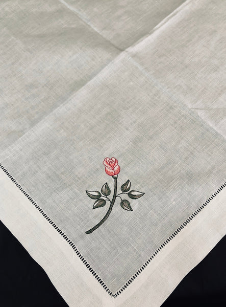 Rose design napkin