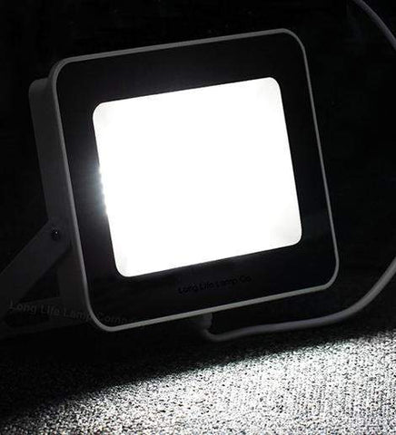 30w Outdoor LED Floodlight White Body IP65 Cool White 6000k SL30W