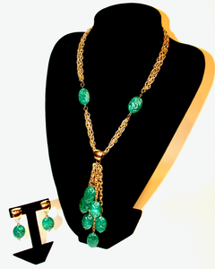 1970's CELEBRITY Jade lucite drops and gold set