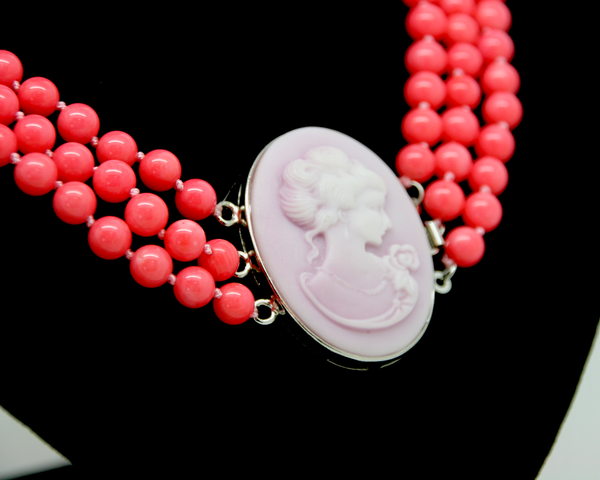 1950-60's coral bead triple strand necklace with cameo clasp