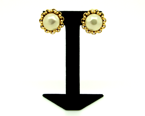 1980's CHANEL faux baroque pearl & gold chain surround earrings
