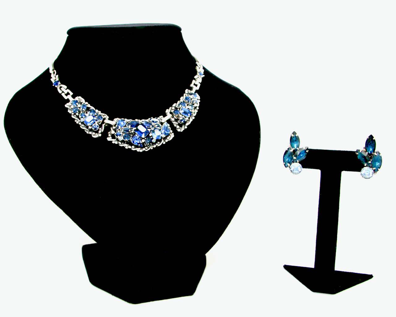 1940-50's BARCLAY silver and saphire blue rhinestone set