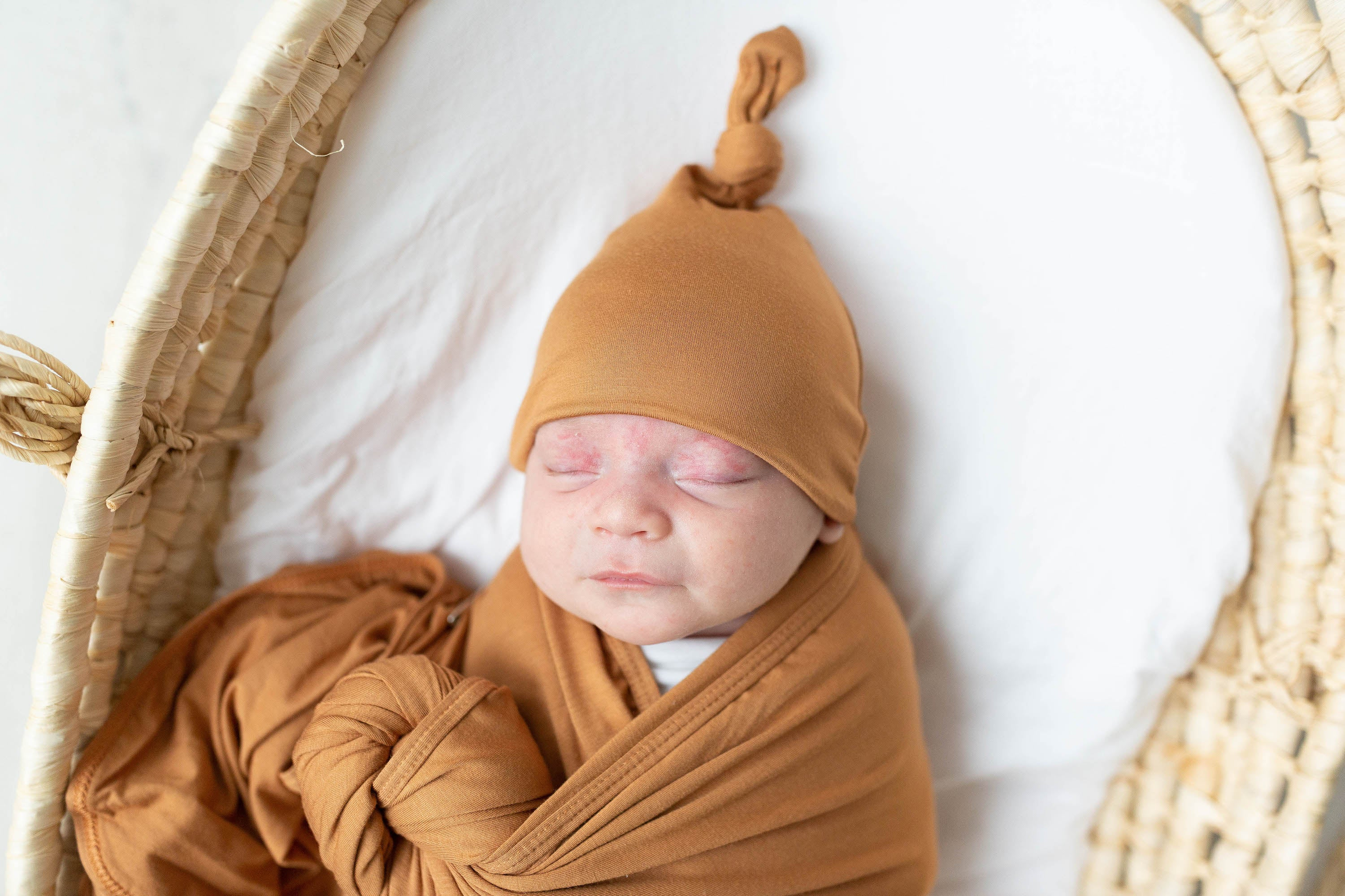 Swaddle Blanket and Hat Set - Camel Brown