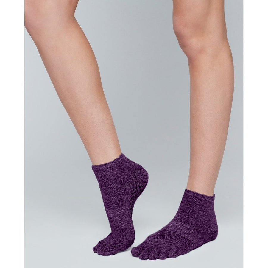 Moonchild Grip Socks - Blackberry Low Rise
