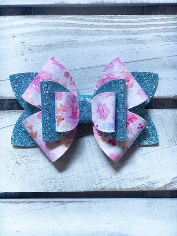 Pink Floral Lilly Star  Bow