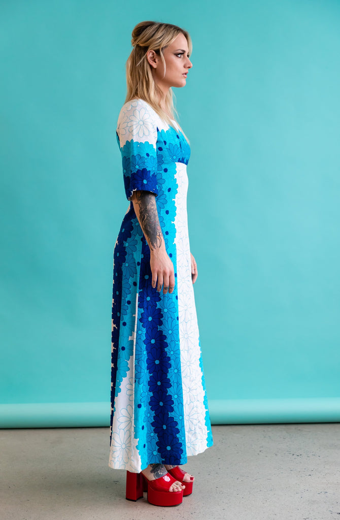 1970'S HAWAIIAN BLUE HIBISCUS MAXI DRESS