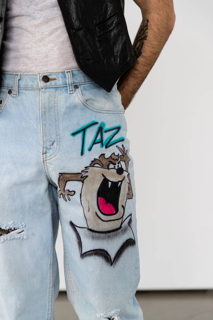 1980's Levi's 533 Light Wash Distressed with Taz Looney Tunes Artwork Jeans