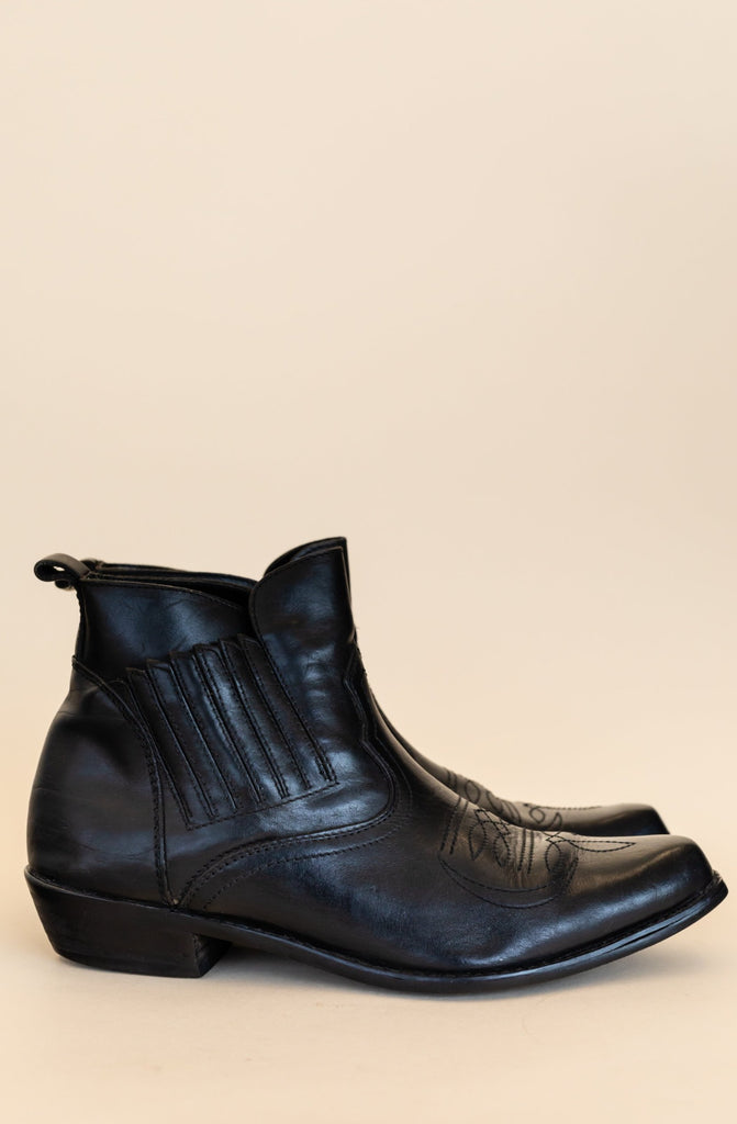 1990's Boulet Black Leather Pointed Toe Ankle Boots | (size men 7)