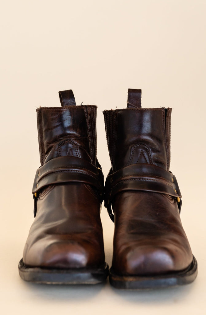 1990's Harness Brown Leather Low Cut Boots With Brass | (size men 7.5 3E)