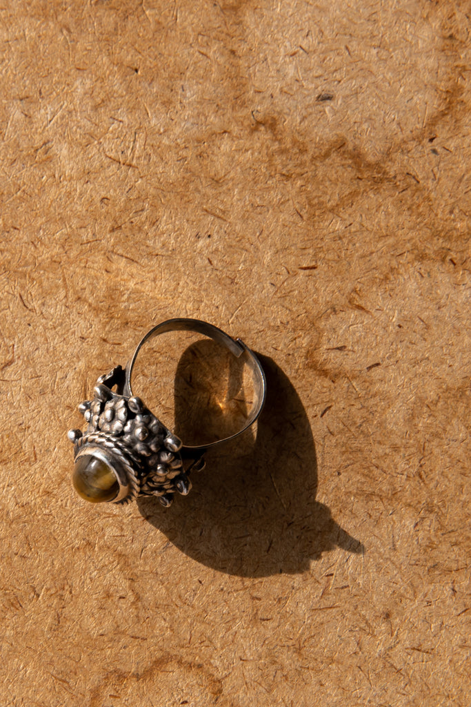 "Vintage Sterling Silver ""Poison Ring"" Tigers eye ring"
