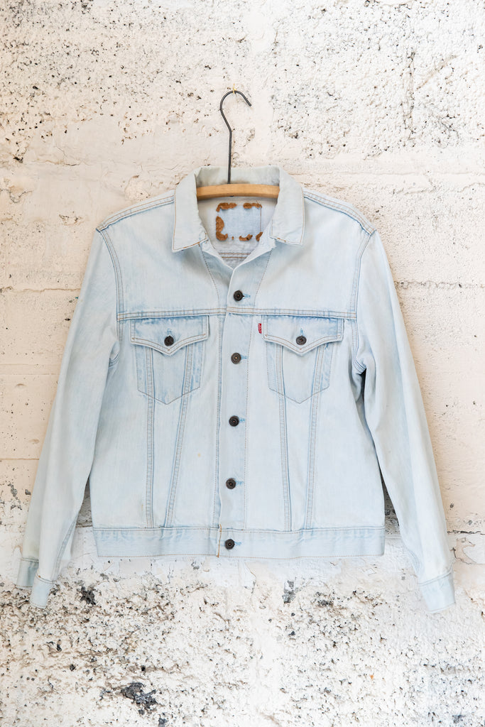 1970's Vintage Light wash Levi's Denim Jean Jacket, (Men's Medium)