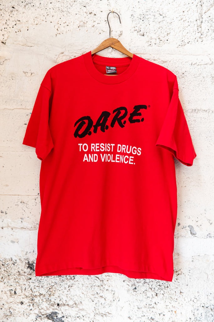"1990's, Vintage, ""D.A.R.E to Resist Drugs and Violence"" Manchester by the Sea T-Shirt"