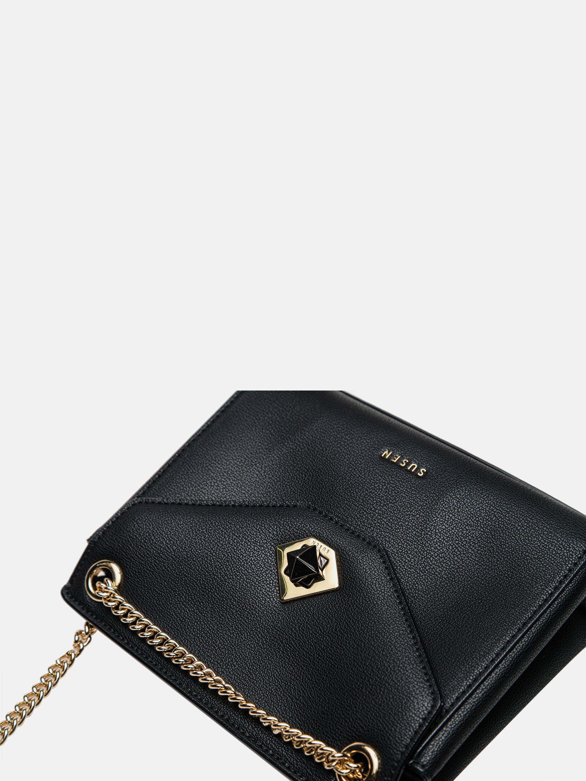 Black Diamond Flip Shoulder Bag - Black