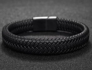 Fishtail Leather - UXORIOUS