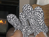 Polar Feet Fleece Socks in Snow Leopard Regular Sole v1