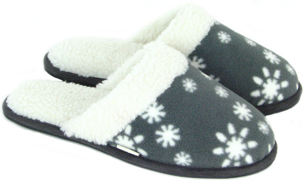 Polar Feet® Women's Snowflake Scuffs