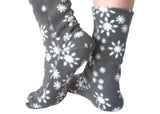 Polar Feet Fleece Socks in Snowflake