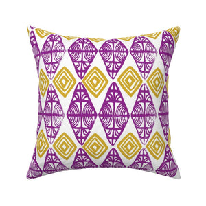 Crested Diamonds Pillow Cover