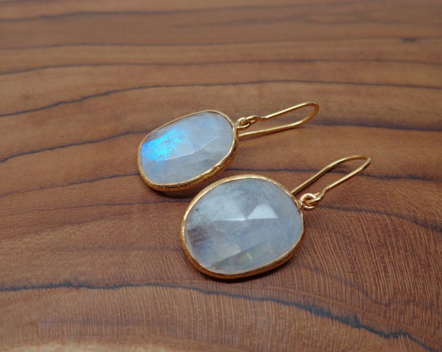 RAINBOW MOONSTONE GOLD EARRINGS SONIA TONKIN