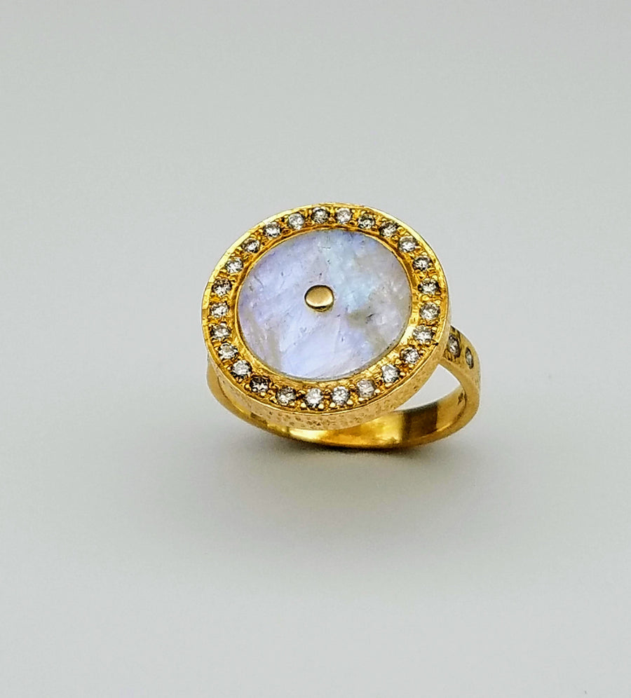 MOONSTONE DIAMONDS SIGNATURE RING