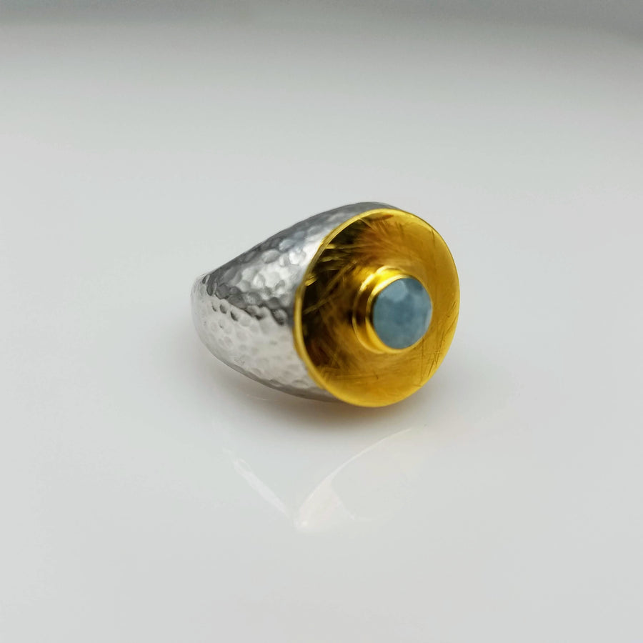 CABOCHON AQUAMARINE GOLD RING
