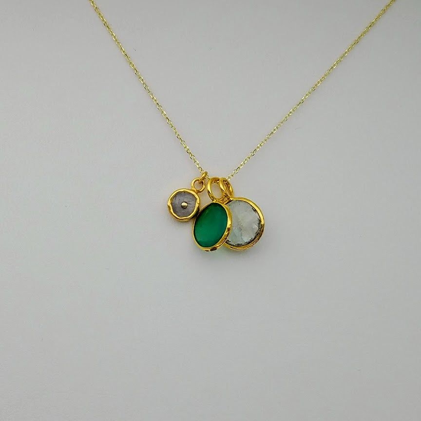 GREEN ONYX MOONSTONE  GOLD NECKLACE