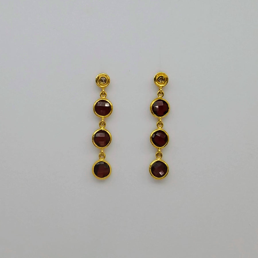 DIAMONDS GARNET EARRINGS SONIA TONKIN
