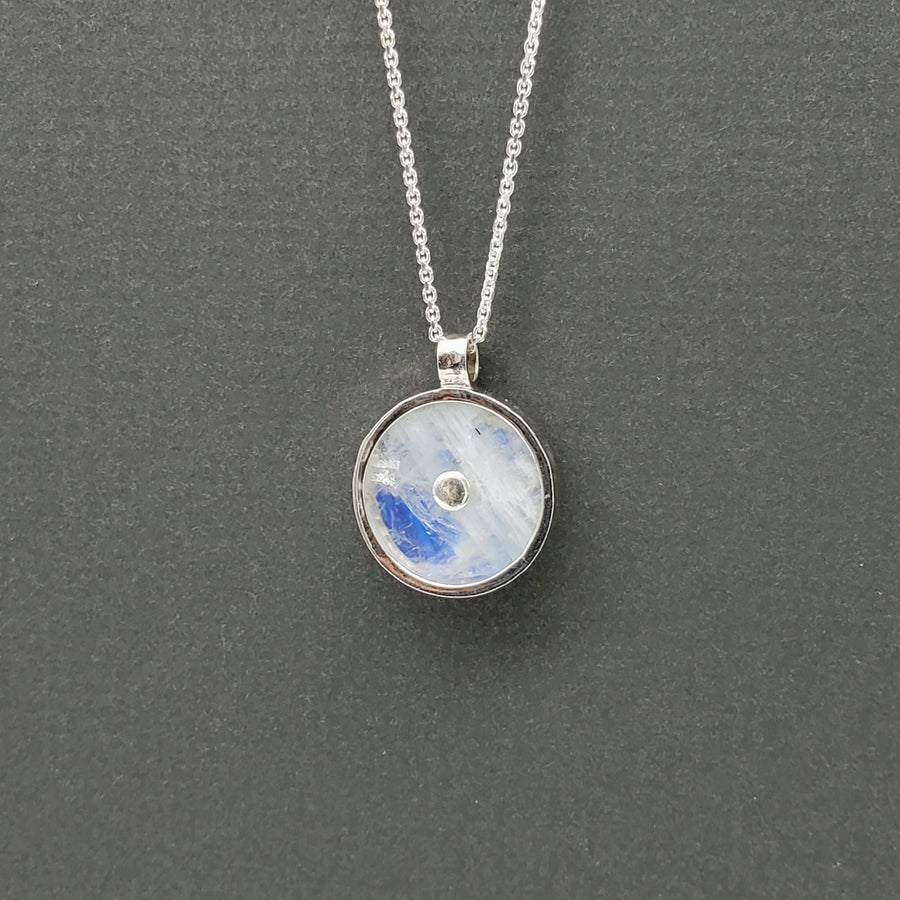 MOONSTONE SUN SILVER NECKLACE