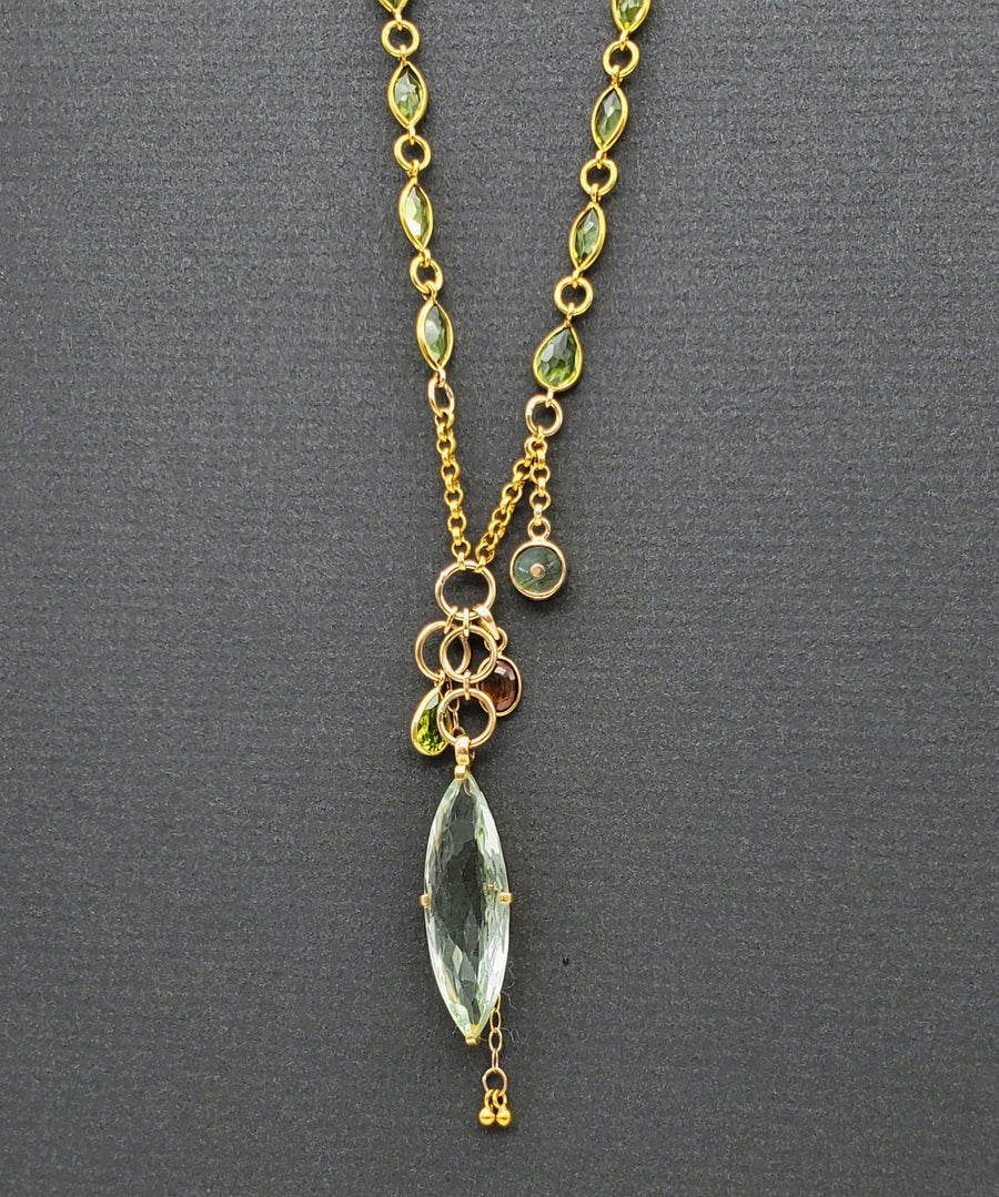 PERIDOT AND GEMS GOLD NECKLACE