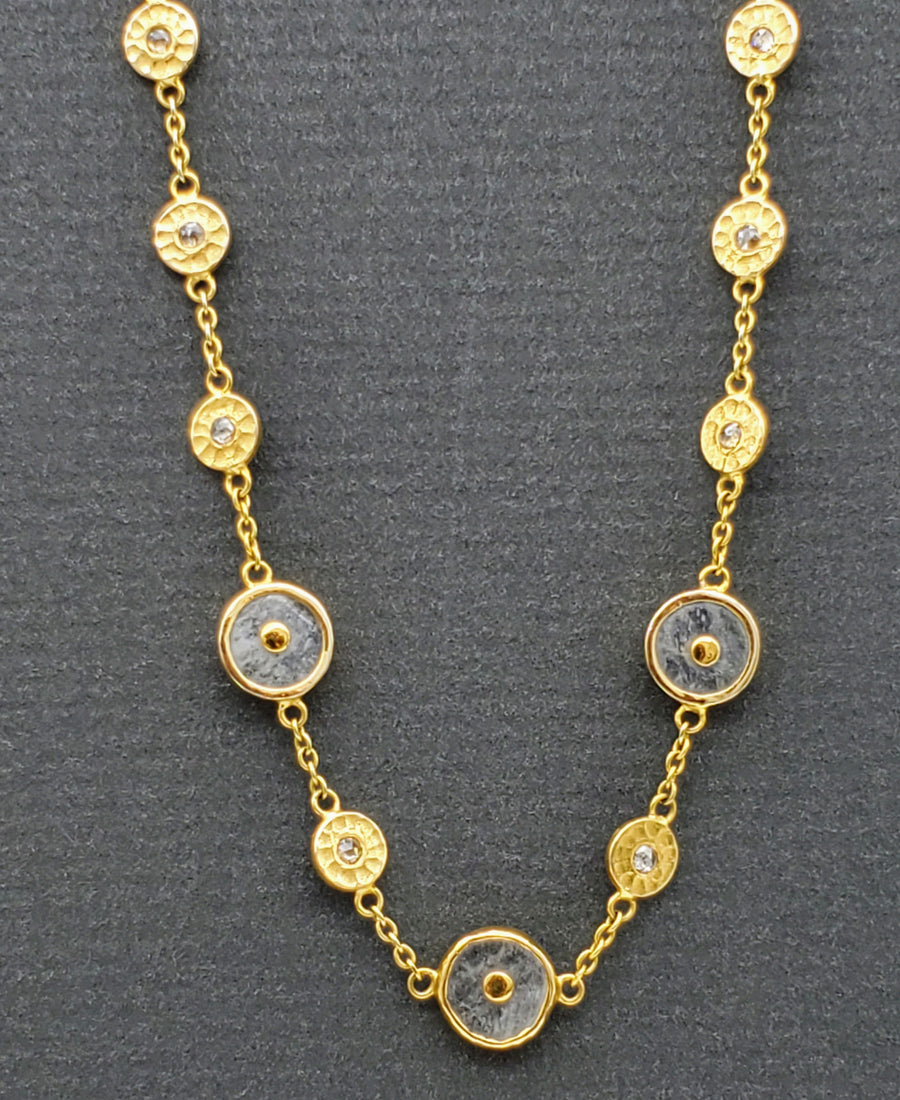 MOONSTONE DIAMOND GOLD NECKLACE