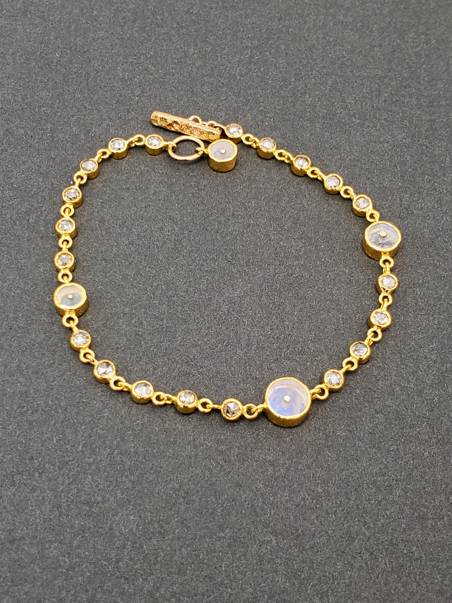 MOONSTONE DIAMONDS BRACELET