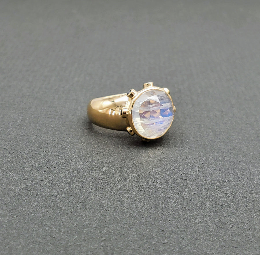 DOMED MOONSTONE SAPPHIRE RING