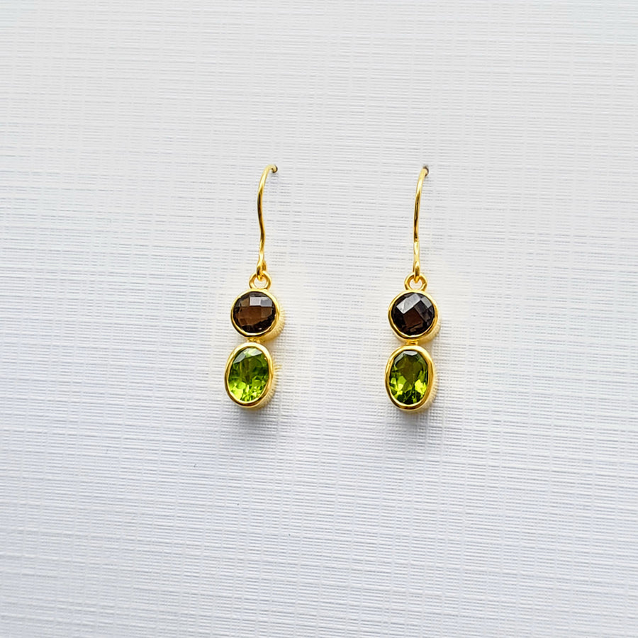 SMOKEY/PERIDOT GOLD EARRINGS