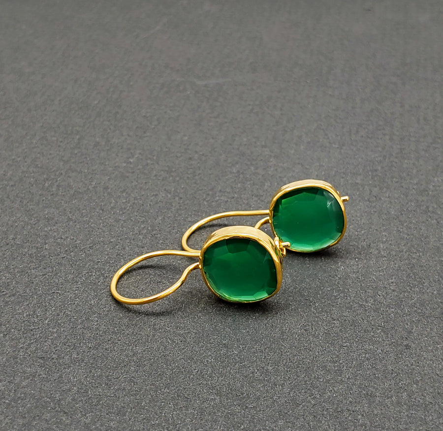 GREEN ONYX GOLD EARRINGS