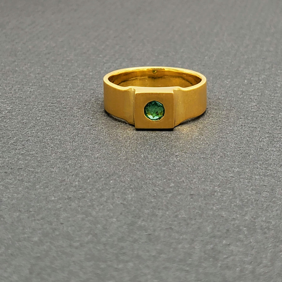 EMERALD GOLD FLAT RING