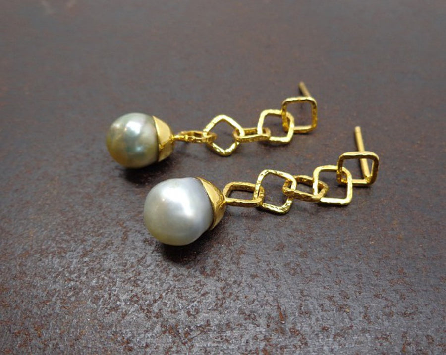 PEARLS GOLD EARRINGS SONIA TONKIN