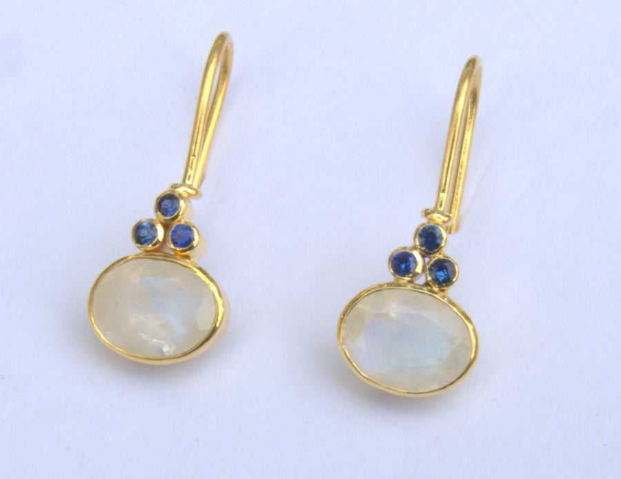 MOONSTONE SAPPHIRE EARRINGS