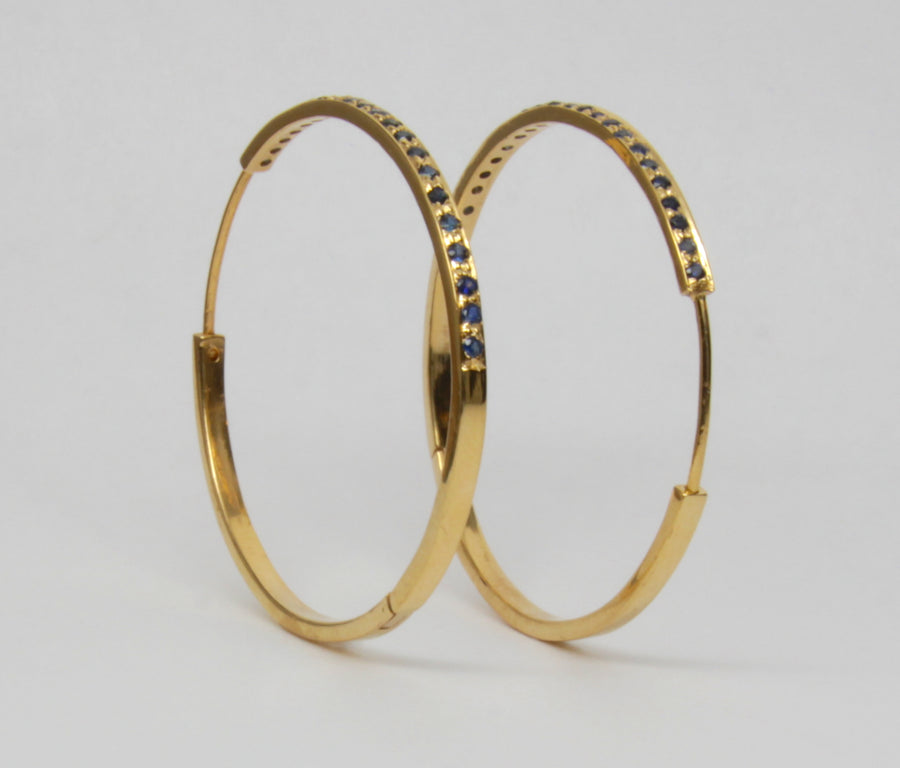 SAPPHIRES GOLD HOOPS