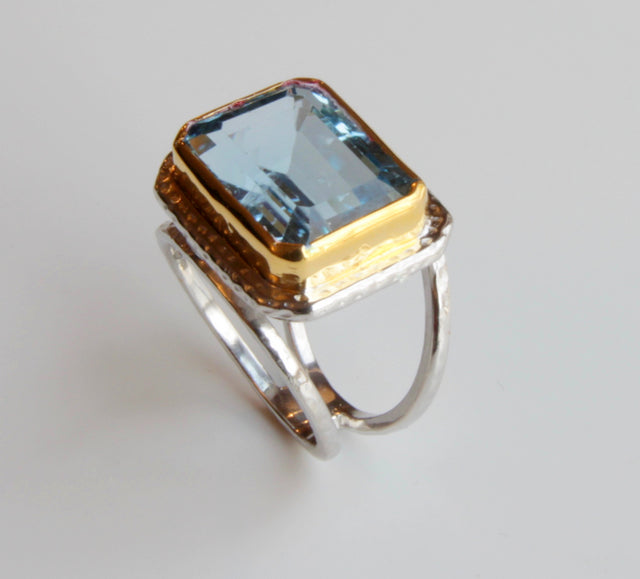 BLUE TOPAZ MIXED RING