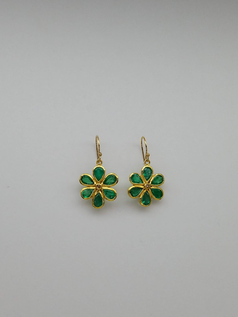 EMERALDS DIAMOND GOLD EARRINGS SONIA TONKIN