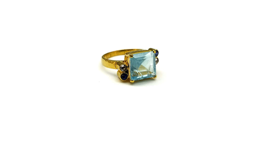 AQUAMARINE SAPPHIRES DIAMONDS RING SONIA TONKIN