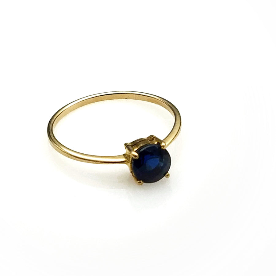 BLUE SAPPHIRE GOLD RING SONIA TONKIN