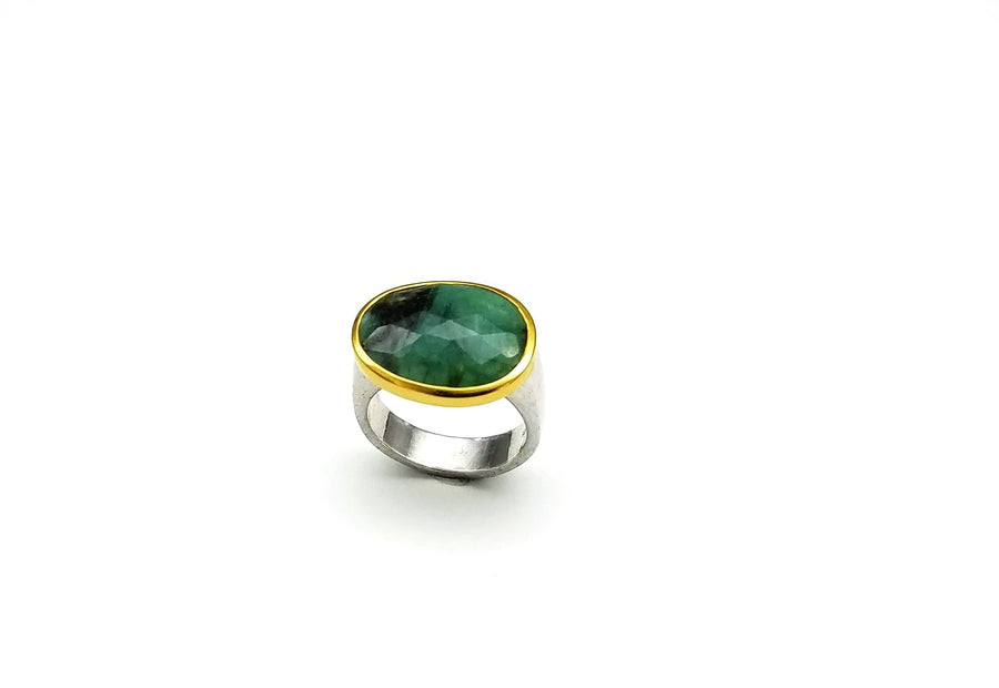 EMERALD GOLD RING SONIA TONKIN